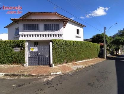 Ver mais detalhes de Casa com 3 Dormitórios  em CENTRO - São Pedro/SP