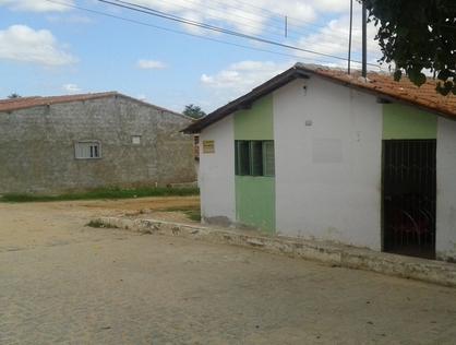 Ver mais detalhes de Casa com 3 Dormitórios  em Silvio Bezerra - Currais Novos/RN