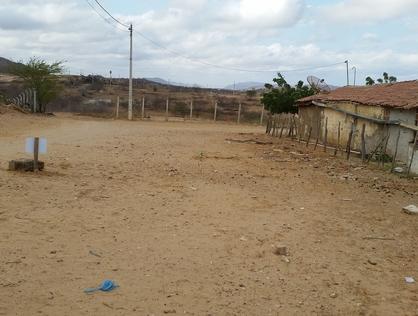 Ver mais detalhes de Terreno com 0 Dormitórios  em Alto de Santa Rita - Currais Novos/RN