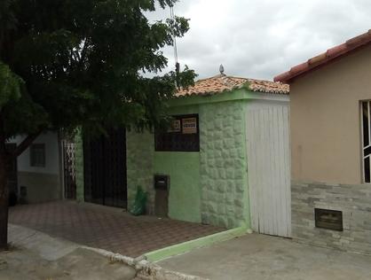 Ver mais detalhes de Casa com 3 Dormitórios  em JK - Currais Novos/RN