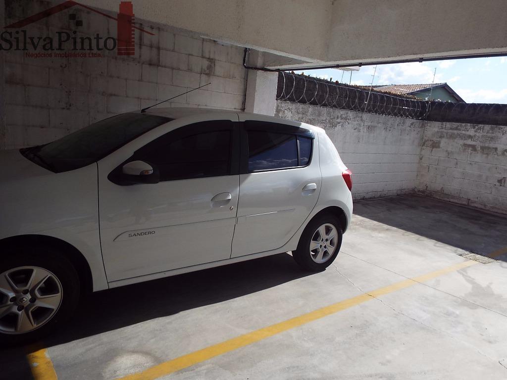 02 Vagas para Automóveis