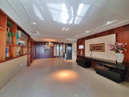 Ver mais detalhes de Apartamento com 5 Dormitórios  em Doze Anos - Mossoró/RN