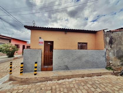 Ver mais detalhes de Casa com 2 Dormitórios  em Aeroporto - Mossoró/RN