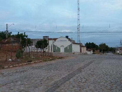 Ver mais detalhes de Terreno com 0 Dormitórios  em Bom Jardim - Mossoró/RN