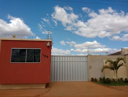 Ver mais detalhes de Casa com 4 Dormitórios  em Centro - Baraúna/RN