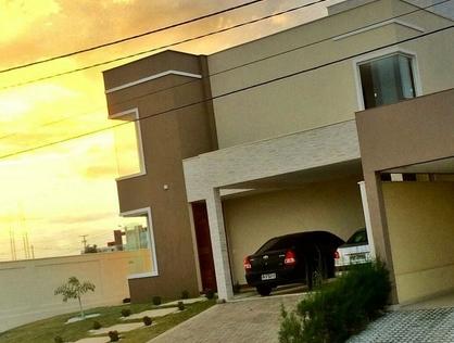 Ver mais detalhes de Casa com 4 Dormitórios  em Abolição III - Mossoró/RN