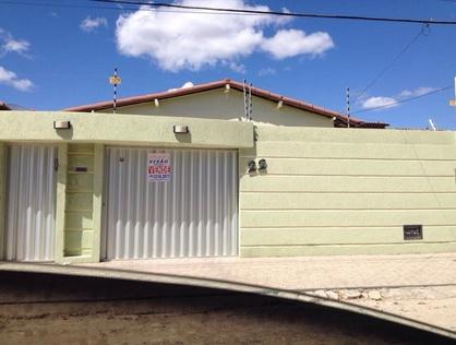 Ver mais detalhes de Casa com 3 Dormitórios  em Abolição II - Mossoró/RN