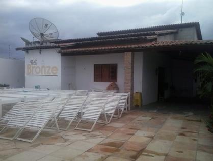 Ver mais detalhes de Casa com 4 Dormitórios  em Abolição II - Mossoró/RN