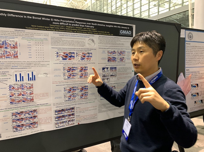 Young-Kwon Lim (NASA/GISS) discusses his poster on El Niño forecasting on Monday, January 13.