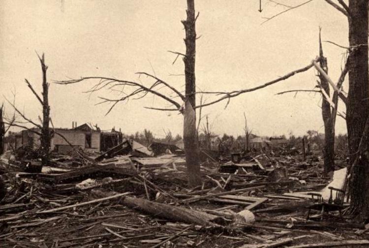Tornado damage in Mattoon, IL, on 5/26/1917