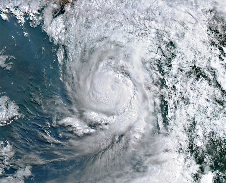 Image from the Himiwari-8 satellite of Cyclone Mora approaching the coast of Bangladesh as a minimal Category 1 hurricane on May 30, 2017