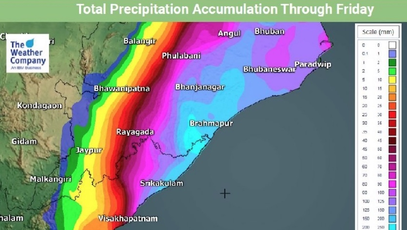 Predicted rainfall accumulation (in millimeters) near the expected landfall location of Tropical Cyclone Fani through Friday, May 3, 2019