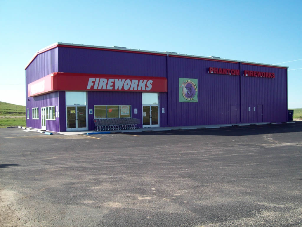 Phantom Fireworks : Locations : Phantom of Cheyenne / Denver