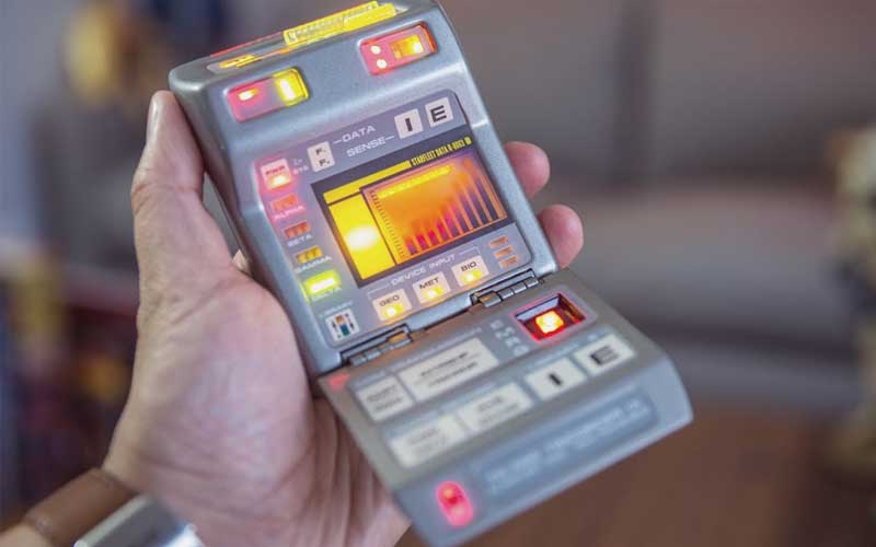 star-trek-the-starfleet-tricorder