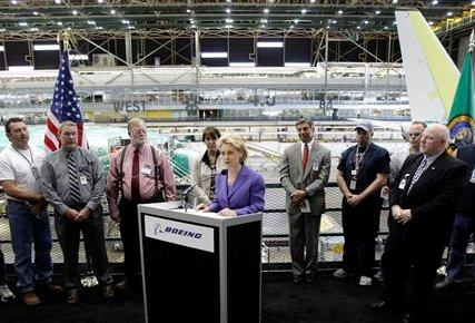Washington Gov. Chris Gregoire at Boeing making the announcement