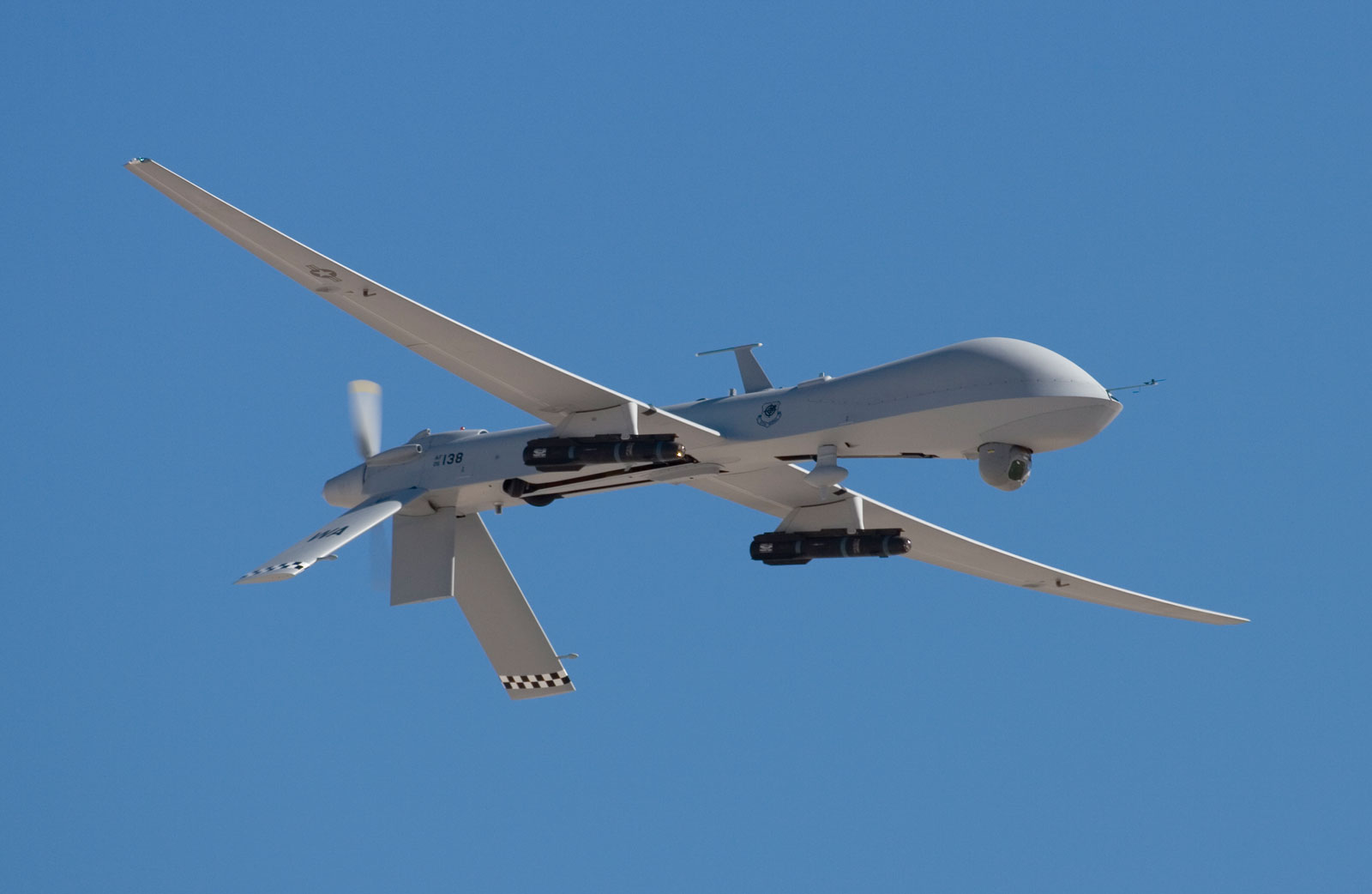 scan eagle drone with U S Drone Under Fire Near Iran on 176353 furthermore Watch besides Unmanned Weapons Mq 8 Fire Scout as well Iran Captures Foreign Drone Trying Enter Nations Airspace further Insitu And Boeing Being Sued Over Landing System Patents.