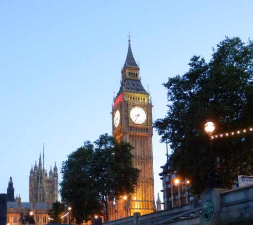 London on a clear summer night. Image courtesy of N Saye. All rights reserved.