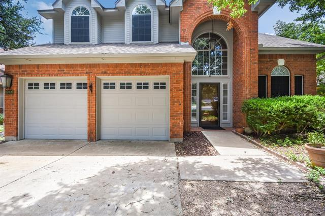 Light, bright open floor plan with lots of natural light located in lovely Cat Hollow subdivision and zoned to top rated Round Rock schools. All bedrooms up, master ensuite has door to 4th bedroom (or could be sitting room). Five minute walking distance to Cat Hollow Park!