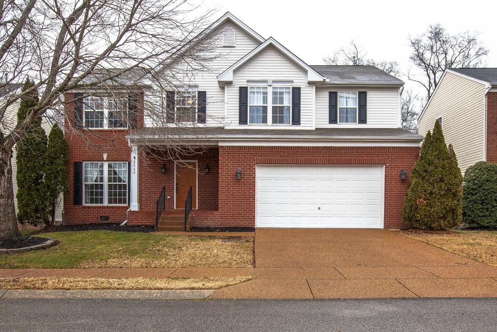 Well maintained move-in ready home offering 4 bedroom w an oversized bonus that can be used as 5th bedroom. Updated kitchen offers SS appliances, custom island, open layout. Master bedroom w walking closet, sitting area and large private bathroom. Fully fenced private yard w outdoor kitchen, 2yr old zoned ac, new dishwasher. Owner/Agent