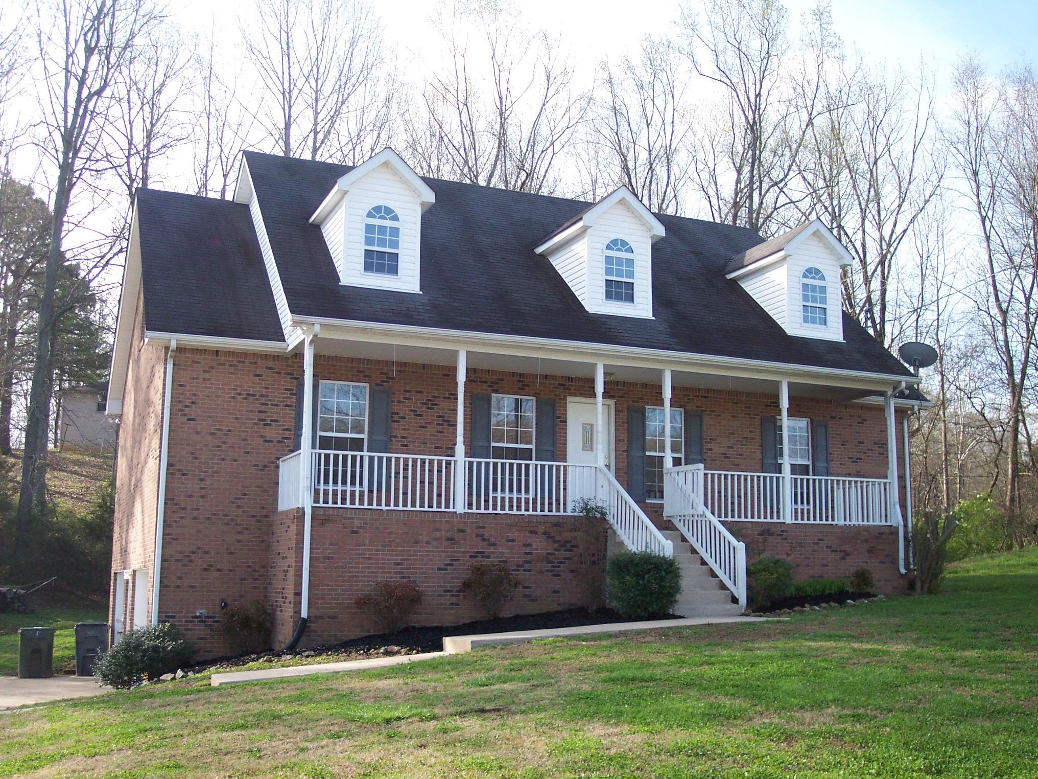 Nice Fairview Home. Open Floor plan. New Carpet and paint. Huge Open Great Room w/Fireplace Master Bedroom Suite Down. Large Bonus Upstairs. Large Unfinished Basement and Garage.