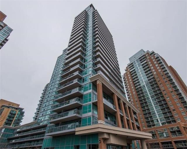 Vibe In Liberty Village! Spacious Studio W/Soaring West,Urban,Sunset Views,Parking & Locker;Feels Like New & Offers A Well-Maintained,Open Concept Kitchen With S/S Appliances,Granite Counters & Tile Backsplash As Well As A Contemporary Living/Dining Area W/Walkout To Open Balcony.Amenities Include Guest Suites,Gym,Indoor Pool,Billiards & More.Steps From Groceries,Restaurants,& Ttc As Well As Shops,Art Galleries,& Iconic Industrial/Urban Architecture!