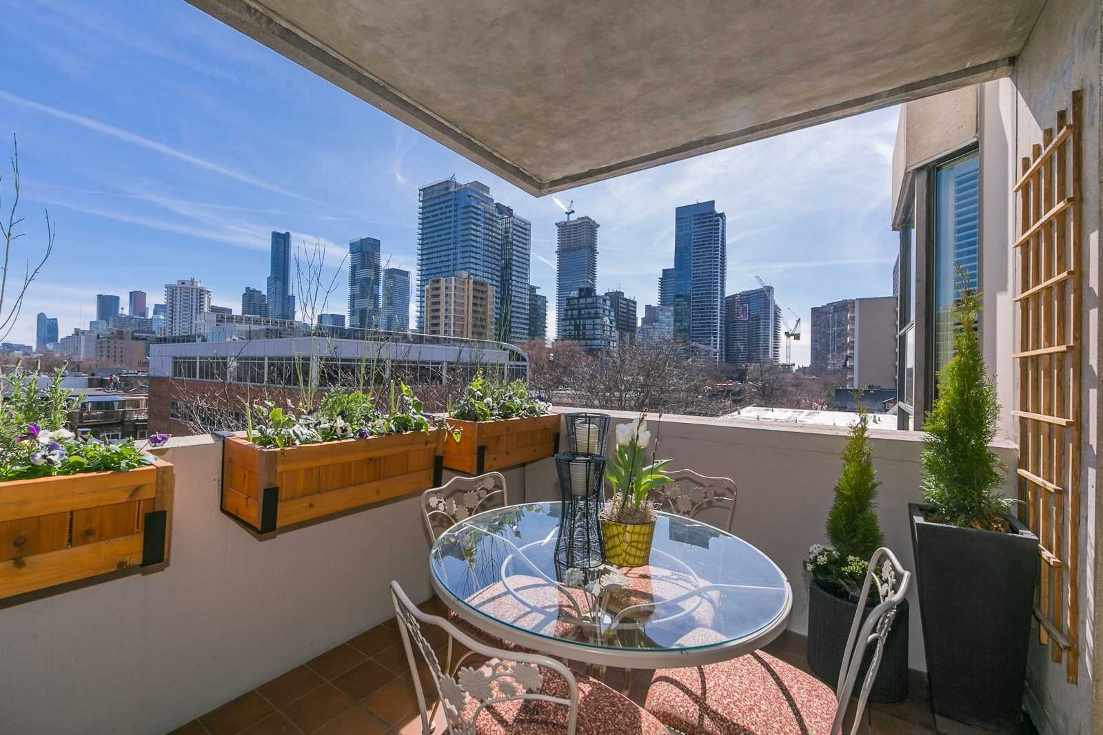 Stylishly Upgraded & Thoroughly Reno'd, Split Plan 2 Bdrm Corner Suite. Just Under 1300S.F With Oversized, South Facing Balc. Featuring Sunny, Tree-Top, Urban Views. Cook's Kit, Granite, Upgr. Cabinetry & Appliances. Equal Sized Bdrms & Luxury Ensuite Baths. 5-Star Amenities With Gym, Pool & Rooftop Terrace . Rare Opportunity Not To Be Missed! Steps To Yonge & Bloor, Yorkville, Village Shopping, Manulife Centre, Goodlife, Theatres, Loblaws, Restos & More.
