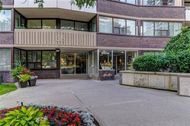 Gorgeous Beautifully Maintained Large (1,450 Sq Ft) Corner Unit On The Quiet Side Of The Building (2nd Largest In Royalcrest Complex -  Buildings 45,55 & 65) Hardwood Floors, Renovated Kitchen, Updated Bathrooms, 2 Balconies, Just Move In And Enjoy This Lovely Property.  2nd Bedroom Is Currently Used As A Study, But Can Be Easily Converted To A 2nd Bedroom.  Condo Fees Also Include: Water, Heat, Hydro And Cable Tv.
