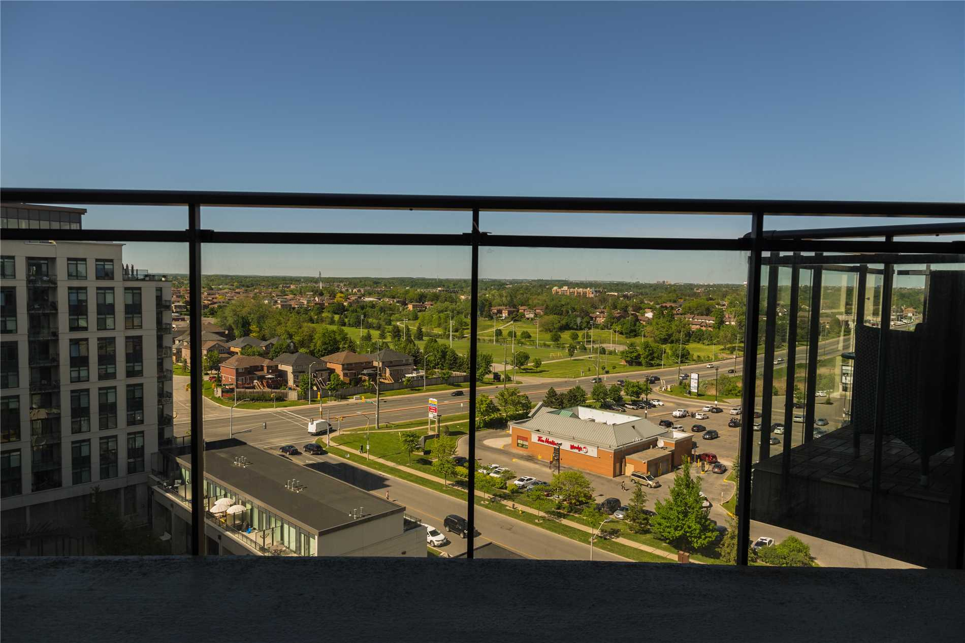 Just What U Have Been Looking For A Lovely One Bedroom In Newly Modern Building. All Ready For U To Move In. This Spacious Condo Is Just Under 700Sq Ft Kitchen Has Plenty Of Cupboard And Counter Space, With Granite Breakfast Bar, Master Bedroom Has Walk-In Closet, Walk Out From Dining Room To Balcony Great North Side Views. Ungraded Laminate Floor Thru Out. Close To Vaughn Subway Grocery Stores Public Bus, / Highways, Close To All Amenties