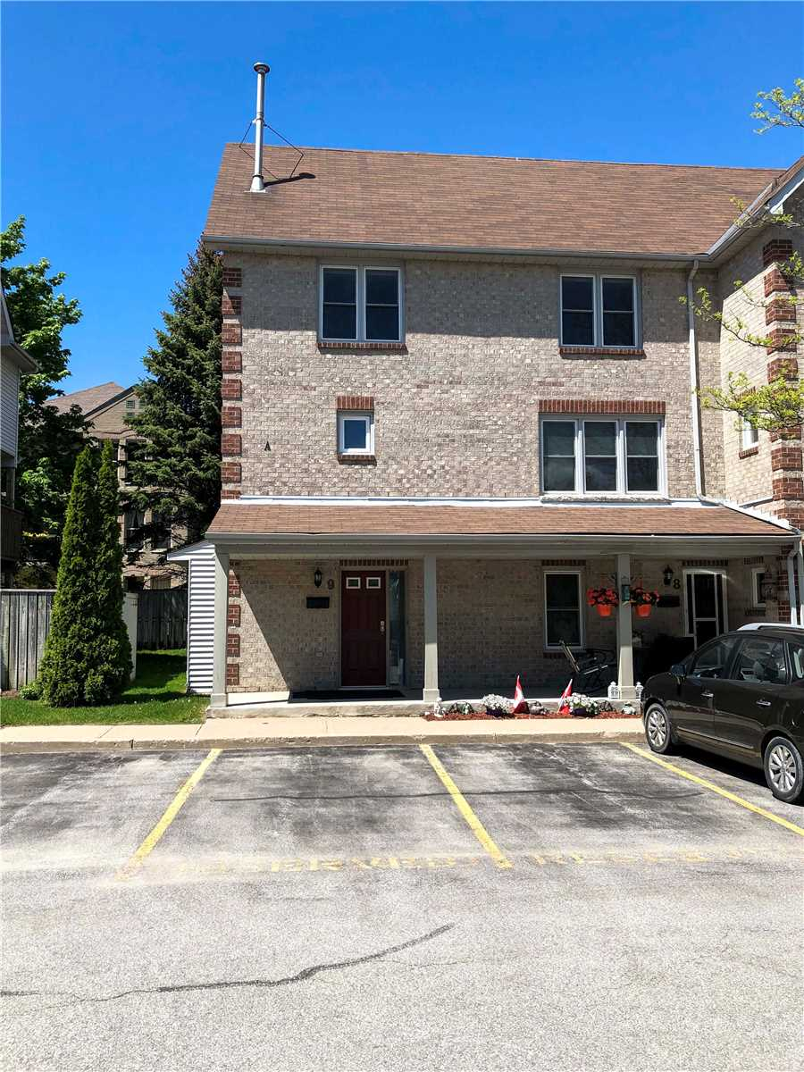 Great South Barrie Location With Easy Access To All Amenities Including Go Service. Approximately 1,400 Sq Ft With 3 Bedrooms, 1 & 1/2 Baths. Low Condo Fee Of $330/Month. Thousands Spent On Recent Updates Including New Kitchen Cupboards & Counters, Flooring And Carpet, Vanities In Baths & Led Lights. Large, Private Partially Covered Deck. 1 Exclusive Parking Spot, 1Reserved & Ample Visitor Parking. Does Not Disappoint!  Show With Confidence!