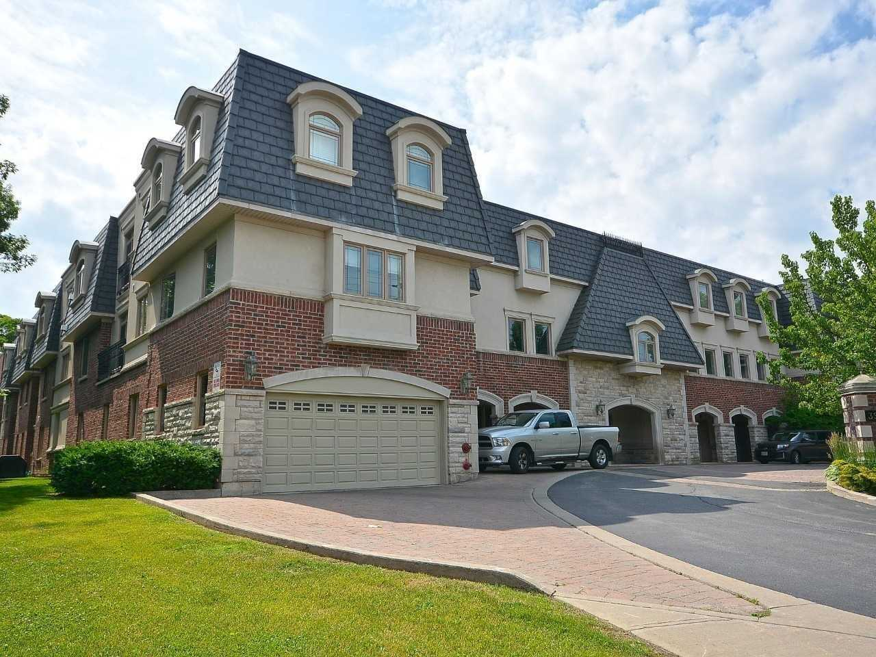 Exclusive 1650Sf Condo In Prime Oakville Neighbourhood. Low Rise Building Backing Onto Morrison Valley Ravine. Luxury Awaits, Large Walk-In Closet, Jacuzzi Tub, And Private Balcony For Bbq. Huge Kitchen Island, Granite Counters, Custom Cabinets, Ss Appliances, And Open-Concept Dining And Living Room Perfect For Entertaining! Laundry Rm Offers Stacked W/D, Wash Tub, And Extra Storage. Three Private U/G Parking Spots, 2X4' Storage Locker. A Must See!**** Extras