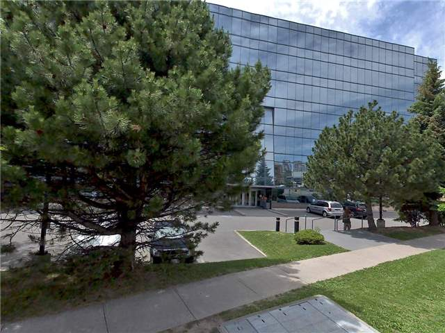 """Crosstown Centre On Don Mills - Across From """"The Shops At Don Mills"""" Located On Wynford Dr. Easy Access To Dvp & 401, Landlord Available To Customize To Client's Specific Requirements. Landlord Will Make Consections In Lieu Of Lease Holds"""