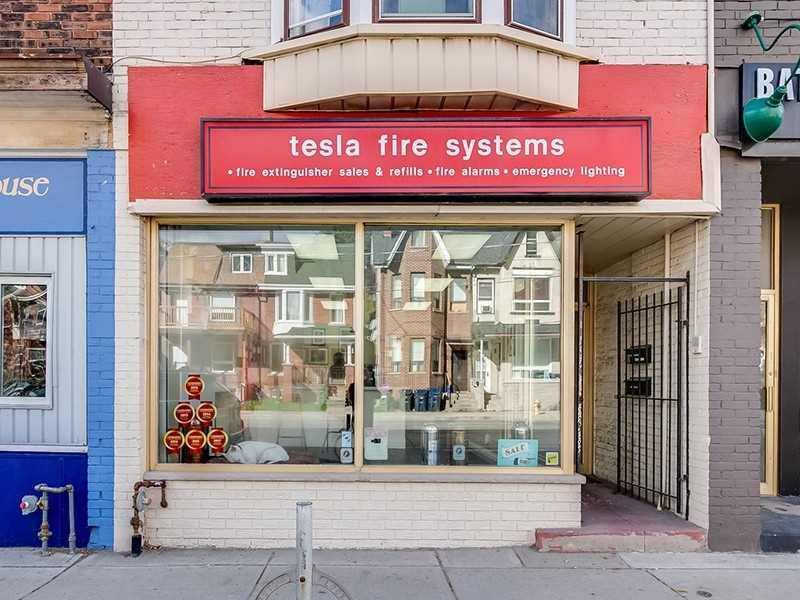 Excellent Opportunity! High Visibility On Bathurst St. North Of Bloor St. In The Prestigious Annex Neighbourhood. Short Walk To Dupont Subway Station. This Space Offers 1,012 Sq Ft And 2 Gated Parking Spaces Off Laneway. Join The Many Businesses Serving This Amazing Area. Ideal For All Retail And Professional Uses. Street Parking And Transit At Your Doorstep!