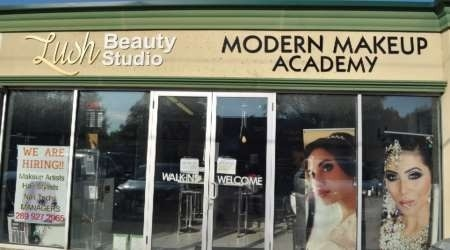 Prime Corner Retail Or Service Space In Multi Use Zoning On Busy Street With Lots Of Traffic. Currently Operated And Set Up As Beauty Salon And Can Be Used For Variety Of Retail Or Service Or Office.  Current Tenant Wants To Assign Lease Due To Health Reasons.