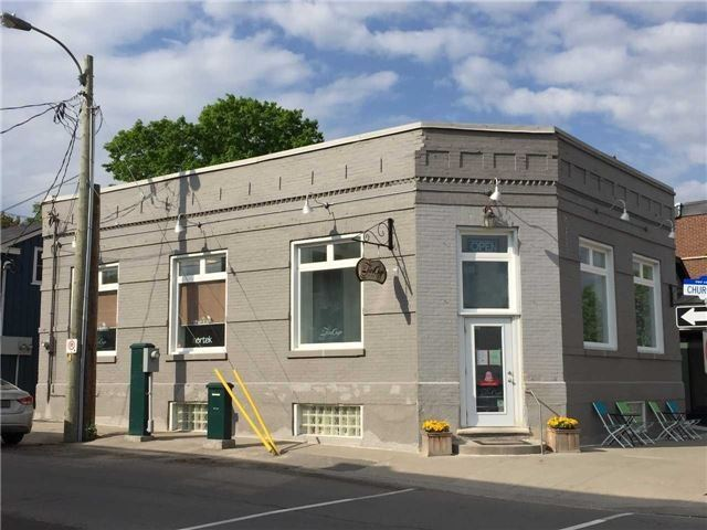 Location And Location. Great Space To Run A Office, Retail Or Food Related Business. The Whole Building Is Located In A High Traffic Area Of Downtown Uxbridge, Two Washrooms, Open Floor Plan. Don't Miss Out On This Opportunity! This Apace Used To Be Coffee Store And Nice Landlord And Easy To Negotiate.