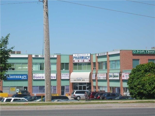 Excellent Location! Prime Busy Retail Plaza Available. Well Known & Well Maintained Plaza Includes Medical & Retail Uses.Close To Both Developed & Growing Neighborhoods & The Town Of Newmarket Offices.Ample Surface Parking.The Unit Can Be Divided.