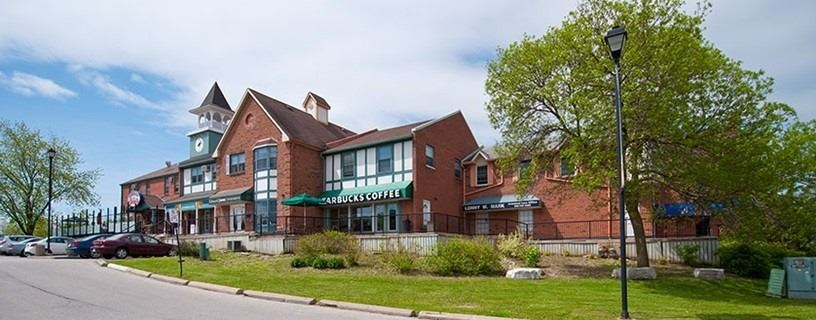 Great Retail Or Office Space On Yonge St In Aurora. Ample Plaza Parking. Ideal For Office Or Service Provider. Multiple Private Offices And Open Area. Basement Space In Additional To Total Sq. Ft. At No Additional Charge. Space Can Be Combined With Adjacent Units 22-23 For A Total Of 4,798 Sq Ft.