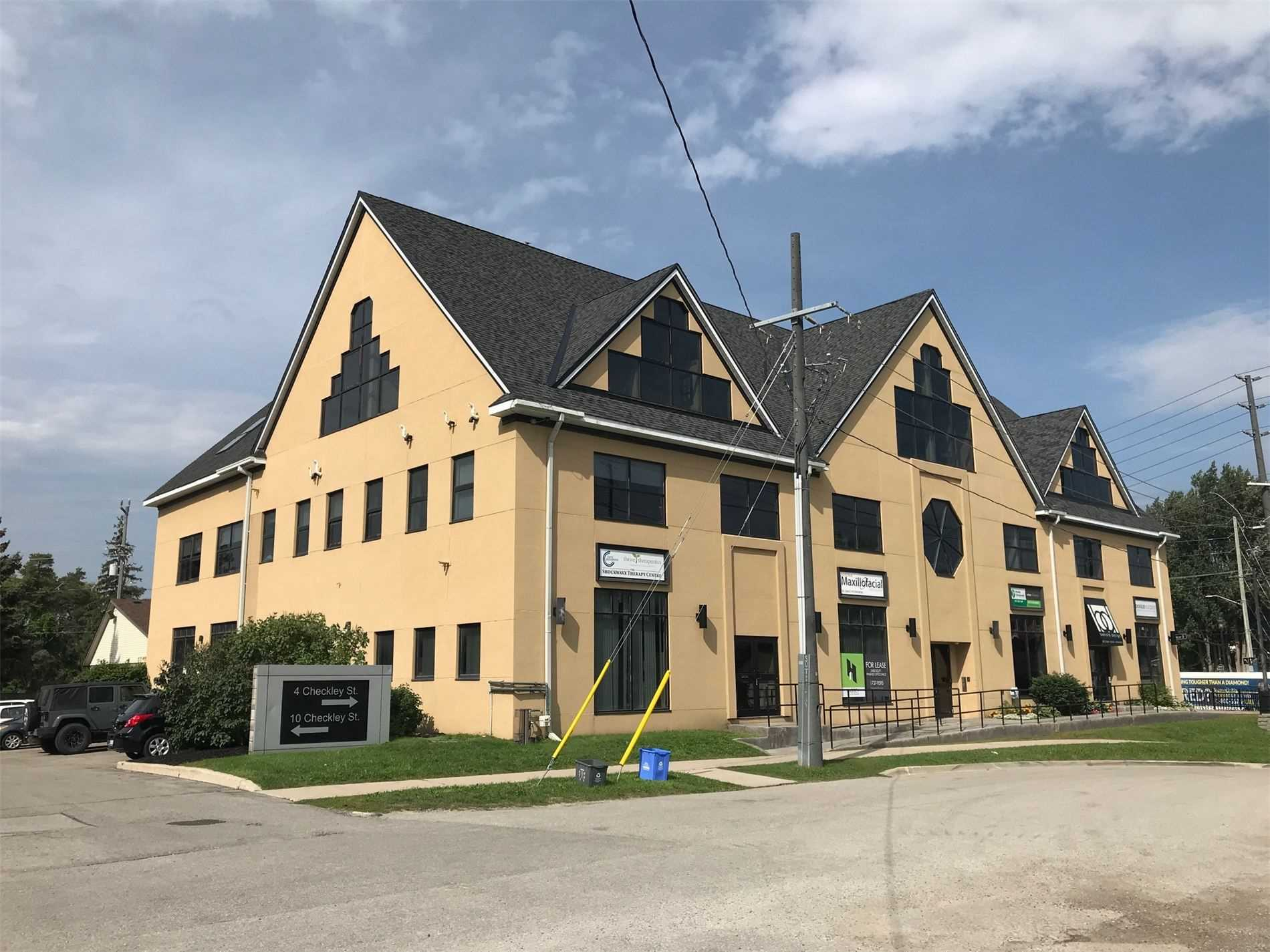 Excellent Ground Floor Unit In Renovated Building In Downtown Barrie. Building Has New Elevator, Direct Access From Checkley Street, Great Visibility And Close To Downtown Shops & Barrie's Beautiful Waterfront. Utilities Included In Mit. All Offers Must Be On Landlord's Standard Offer Tro Lease Form.