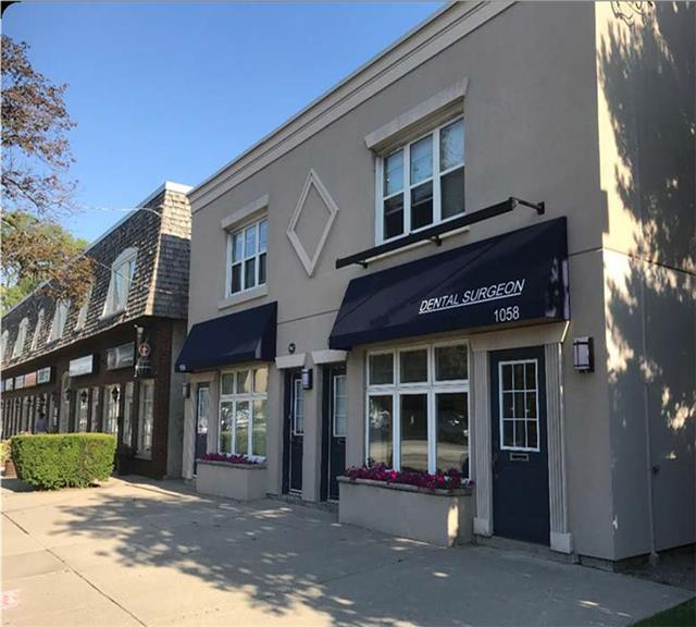 Great Opportunity To Lease A Retail/Office Space In Southern Part Of Westdale Village, Hamilton. Main Floor Space Perfect For Office, Retail And Medical Use. Unit Is Approximately 1500 Sq.Ft. Busy Location. Close To Public Transportation Route. Private Washroom Facility.