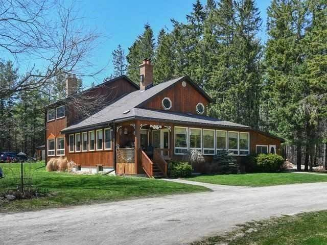 Great Offering - 99 Treed Acres With A 3000 Ft Plus Home Featuring Enclosed Sun Porch, 2 Fireplaces, Nature Trails And Lots Of Wildlife. Dr And Lr Open To 2nd Floor. Mbr Offers F/P & 5 Pce With Jet Tub & W/I Shower. A Nature Lover's Paradise With Some Wetlands. Extensive Landscaping And Wide Variety Of Trees. For More Details See Mls # X4375514.