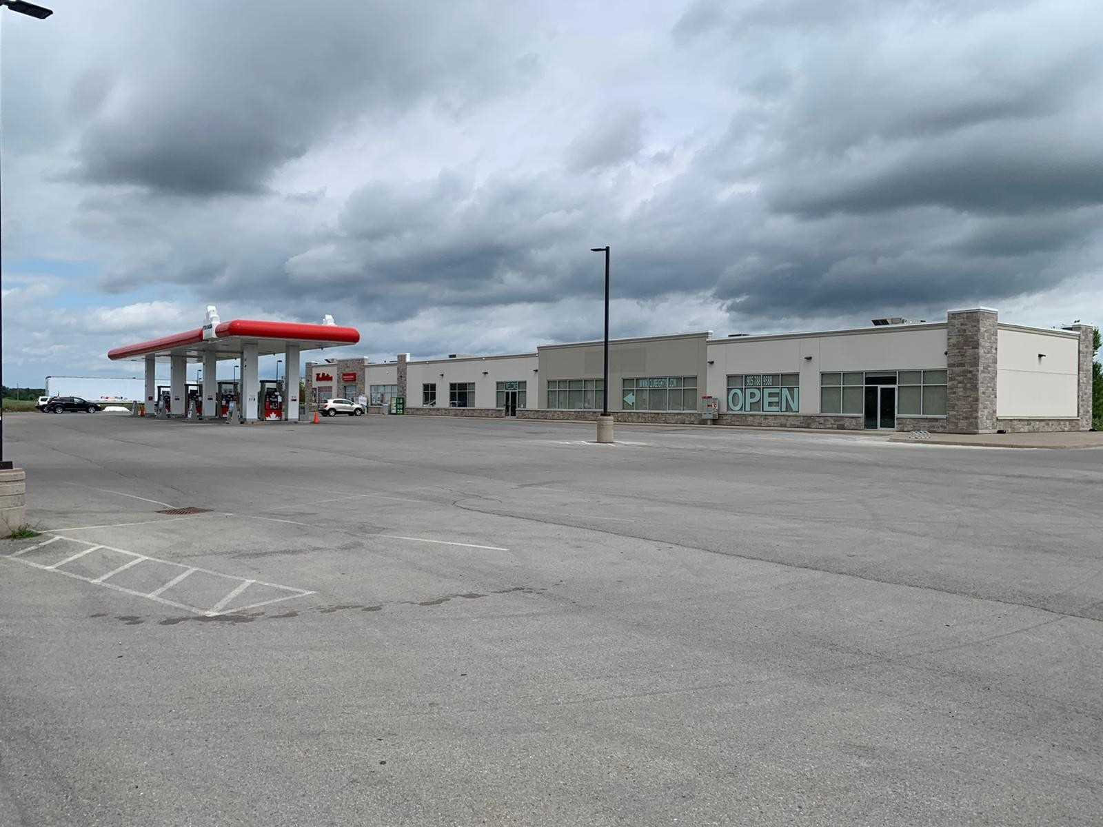 Vacant Commercial Space In A Busy Area. Perfect For Food Industry. Large Franchise With 2 Patio Spaces (Patio Approx. Area 400 Sq. Ft) Permitted. Perfect For Large Restaurants. Direct Access From Hwy 406. Close To Walmart, Canadian Tire And Other Departmental Stores. Gas Station And Tim Hortons Already Exist In The Plaza. 25.00/Sq. Ft + Tmi $11 + Hst.