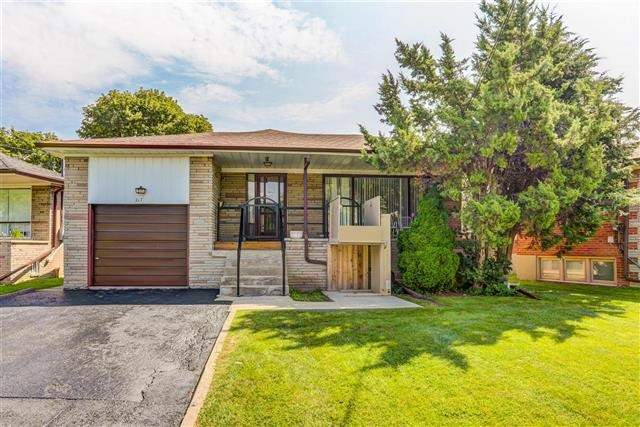 Don't Miss This Large 3 Bedroom / 2 Bathroom ( 1420 Sq Ft) Raised Bungalow On Large Pie Shaped Lot With Lovely South Facing Private Backyard, Perfect For Family Gatherings.  Hardwood Floors On Main Floor (Under Broadloom).  Finished Basement Boasts A Side Entrance, Eat In 2nd Kitchen (2015), Bedroom, Living Room, 3Pcs Bath, Oversized Rec Room. Parking For 5 Cars On The Driveway And Garage. Steps To Ttc, Downsview/Sheppard West Subway Station.