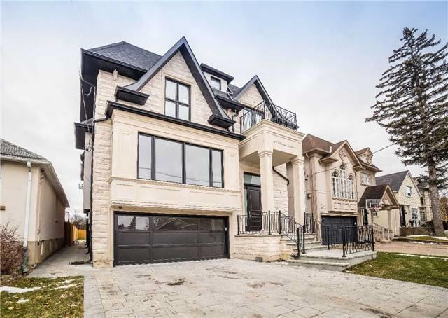 An Absolute Master Piece Residence In Desirable St. Andrews Neighbourhood Built Wit The Most Craftsmanship &Custom Design. .  Featuring Large Windows On All 3 Levels Which Allows Natural Light Throughout The House.4 Bd W Each Room Having Its Own On Suite(All Heated Flrs), Red Oak Hardwood Flr Throughout, Open Concept Kit.W/ Quartz Counter Top, Nanny's Rm, Large Open Concept Basement W/Heated Floors.