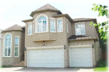 Magnificent Bowan Estates. With Luxurious And Spacious Rooms This Beautiful And Elegant Residence Was Once The Builder's Home. Situated On A Quiet And Safe Cul-De-Sac. Quality Home Features Include A Grand Granite Foyer, Finished Lower Level And Bedrooms That All Have Their Own Ensuite.