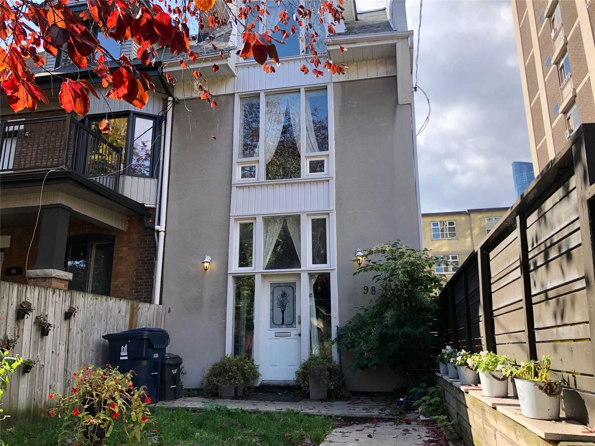 Spacious Garden District, Semi-Det. Home W/ Oversized Principal Rms, 3 Bdrms & Parking. Great Opportunity To Personalize & Update To Own Tastes. Kit. W/ Island & W/Out To Garden. Wide, Main Flr Centre Stairs W/ Light-Well Gives Home Bright/Welcoming Feel. Huge Bdrms On 2nd Flr Each W/ Baths, Perfect For A Growing Family Or For Cost-Sharing. 3rd Flr Bdrm/Family Rm W/ Walkout To Sun-Soaked Roof-Top Terrace. Steps To Parks, Shopping, Transit & Fin. Core.