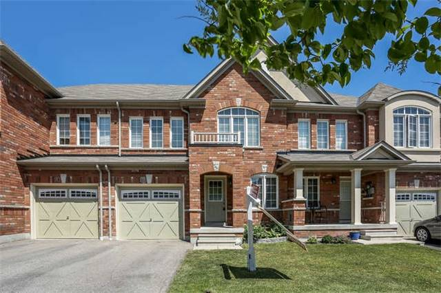 Remarkable 3 Bed Family Town Home In Sought After North Ajax Neighbourhood. Beautiful Gourmet Kitchen W/Lots Of Counter&Cupboard Space, Ceramic Flr, Brkfst Bar, Eating Area & W/Out To Private Deck&Fully Fenced Backyard. Open Concept Fr/Dr Combo W/Gleaming Hrdwood Flrs, Hrdwd Staircase Leads To 2nd Flr, 3 Spacious Bdrms, Master B/Room W/Broadloom, W/I Closet & 4Pc Ensuite. Both Secondary Bdrms Have Broadloom, Lrg Windows & Closets. No Pets & Non Smokers Please