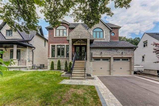 Gorgeous Custom Built Residence, In Highly Sought-Out Neighborhood, With Excellent Finishing And Gorgeous Architectural Finishings, Stunning Open Concept Layout With Immaculate Curb Appeal. Beautifully Designed Enclosed Deck And Walk- Up Basement. Aprx 4000Sqft Living Space. Lrg Master Bdrm With W/O To Private Balcony, And Large Designer 5Pc Washroom. Well Designed Kitchen With Breakfast Area And Bar Seating, Highend Appliances And Granite Cntrs And Bcksplsh
