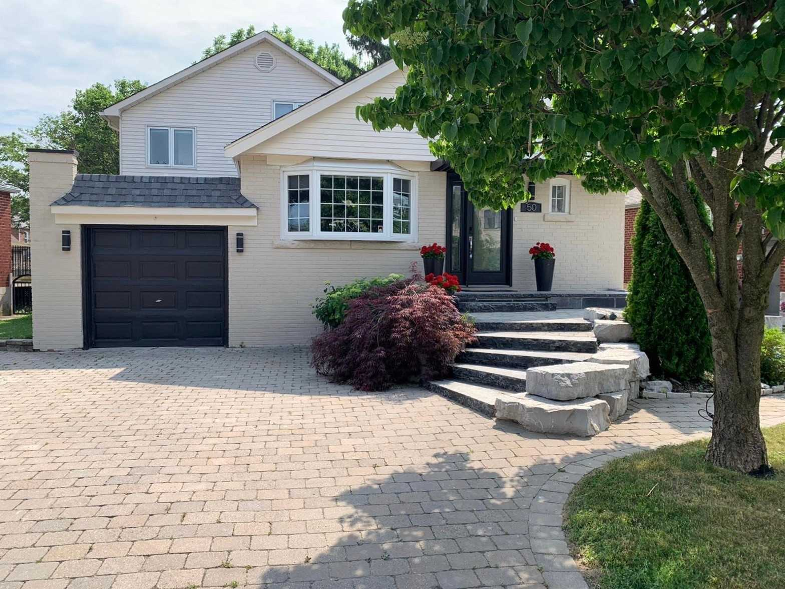 A Truly Spectacular Rare 58X163Ft Property Nested In The Prestigious Parkview Hills Neighbourhood! Newly Renovated Home Top To Bottom 3+1 Large Bdrm, 3Wshrm Home W/2 Outdoor Decks, Brand New Roof+Hvac,Stunning Kitchen With Skylight,New Engineered Hdw Flooring, & Plenty More Impressive Features! W/O Finished Separate Basement (Great For Rental Income). Perfect House For Entertaining W/Parking For Five Cars. Move In Ready Or Plan Your Build In The Features