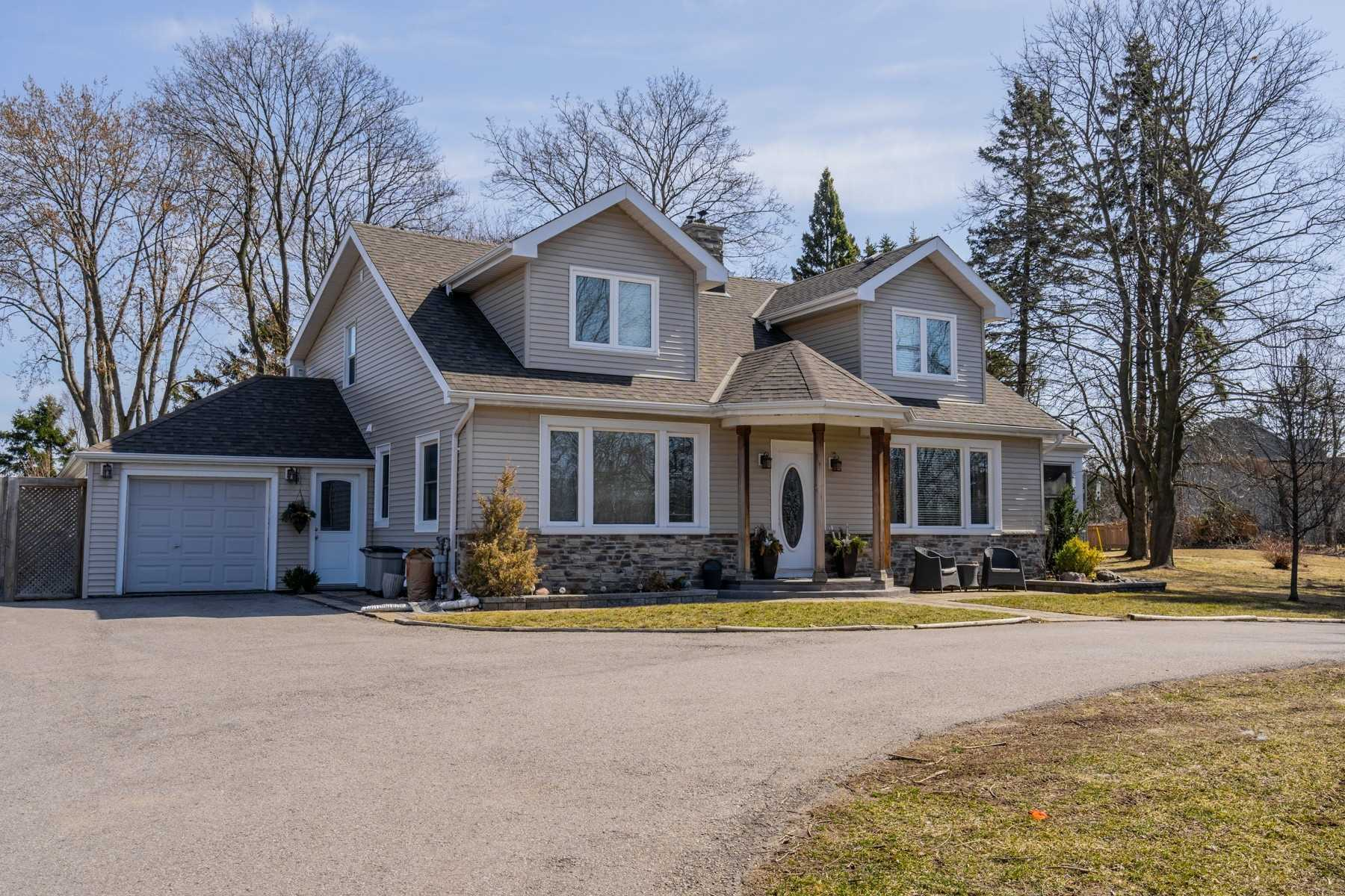 Stunning Luxury Home On A Builder Friendly Lot! Over An Acre Of Prime Development Land In Sought After Rosebank. 200 Ft Of Frontage = Potential To Divide Into 5 Lots. Spacious Home Features A Family Friendly Layout, Massive Primary Suite, Walk Out Basement W/ Rec Room And Workshop. This Location Provides The Perfect Balance; Located Steps To The Waterfront And Nature Conservation Areas And Mere Minutes From Go Train And Shopping Centres.