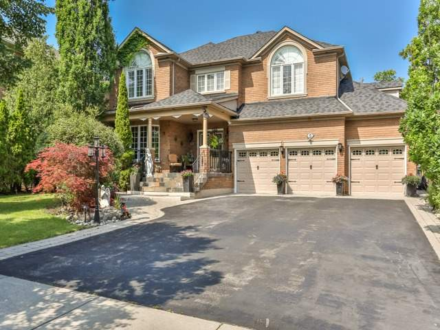 Well-Kept, Clean And Fully Furnished 4 Bedroom Home Nested In Matured Quiet Neighbourhood, Conveniently Located In  Sought After Area In Markham,  Close To Schools, Park And Shopping.  Spacious Living And Dining Rooms, Large Kitchen, Family Room With Fireplace And Main Floor Laundry.  All Spacious Bedrooms Come With Ensuite Bathrooms. Large Enjoyable Backyard, Beautiful Green Environment.