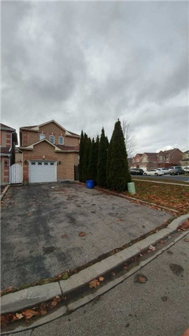 ** Luxury Rouge River Estate Neighbourhood ** Beautifully Upgraded And Well Maintained Home ** Excellent Finished Basement ** Conveniently Location ** Easy Access To 407 ** Public Transit, Park, School, Go Train, Community Centre **